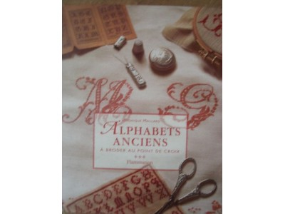 ALPHABETS ANCIENS non disponibile