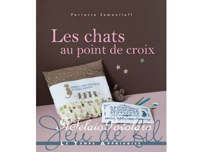 LES CHATS - au point de croix